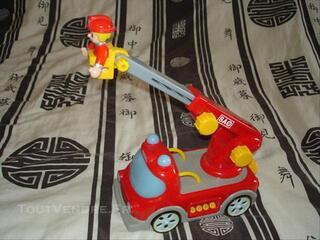 Camion de pompier 1er âge d'accasion BAO