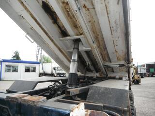 Camion man 6x4 360 ch benne