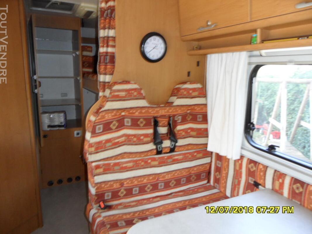 Camping car 437463194