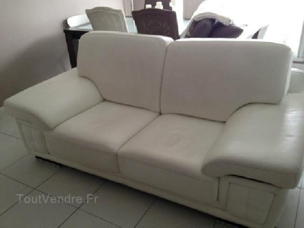 Canapé 2 places en cuir blanc 95902377