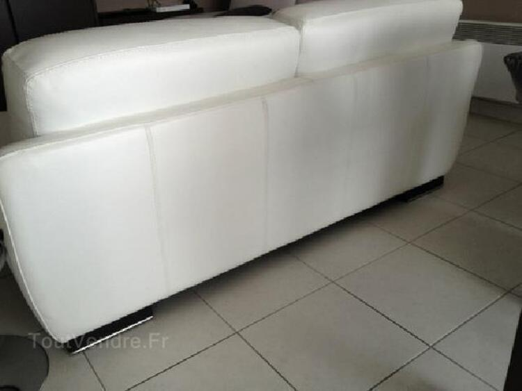Canapé 2 places en cuir blanc 95902378