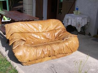 Canapé cuir marron fauve 2 places bon état