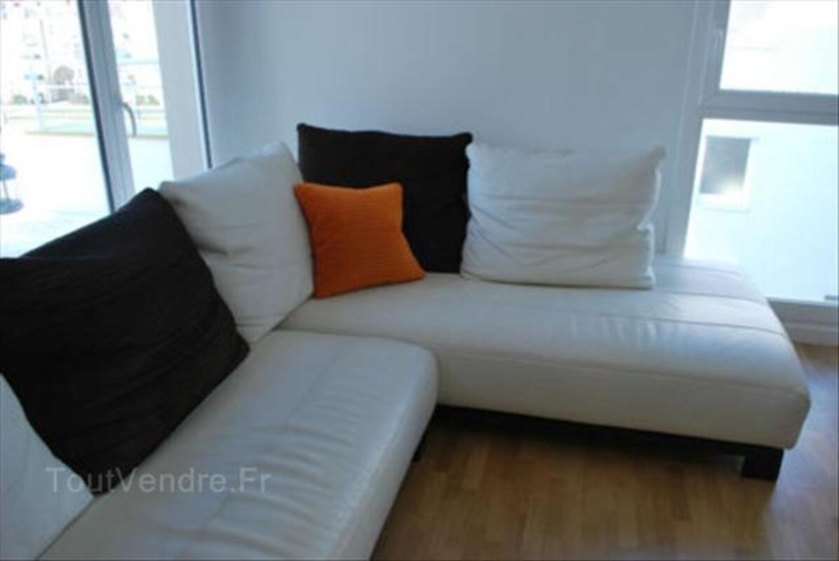 Canapé d'angle en cuir blanc cassé 56465749
