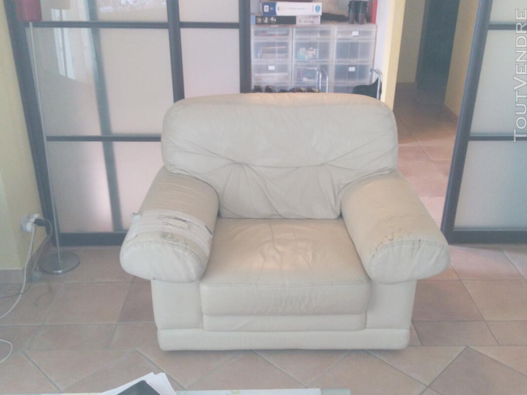 Canapé et fauteuil 130938331