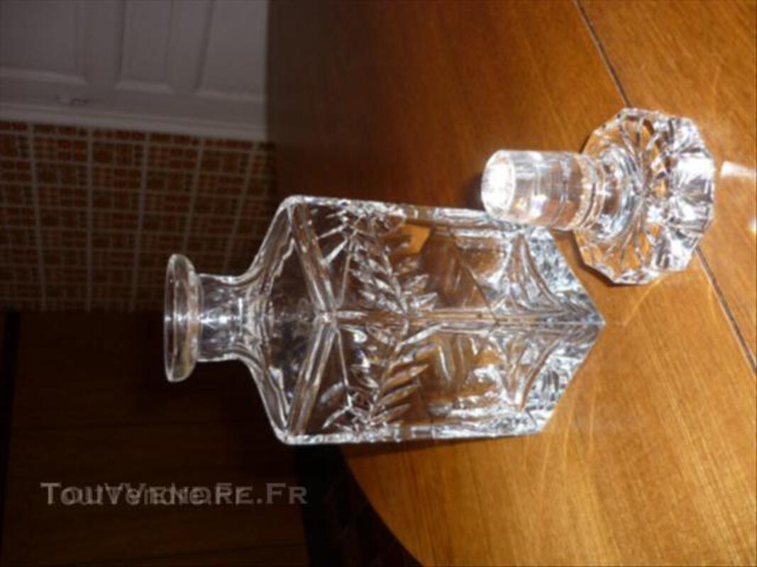 Carafe à whisky cristal de Saint Louis 45532840