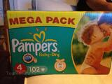 Carton 102 couches pampers taille 4