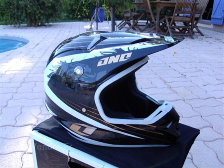 Casque moto cross ONE INDUSTRIE neuf taille 59/60 66084561
