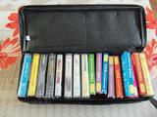 Cassettes audio +boitier de rangement