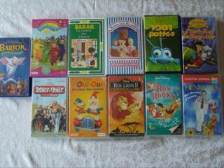 Cassettes videos originaux VHS WALT DISNEY et DIVERS