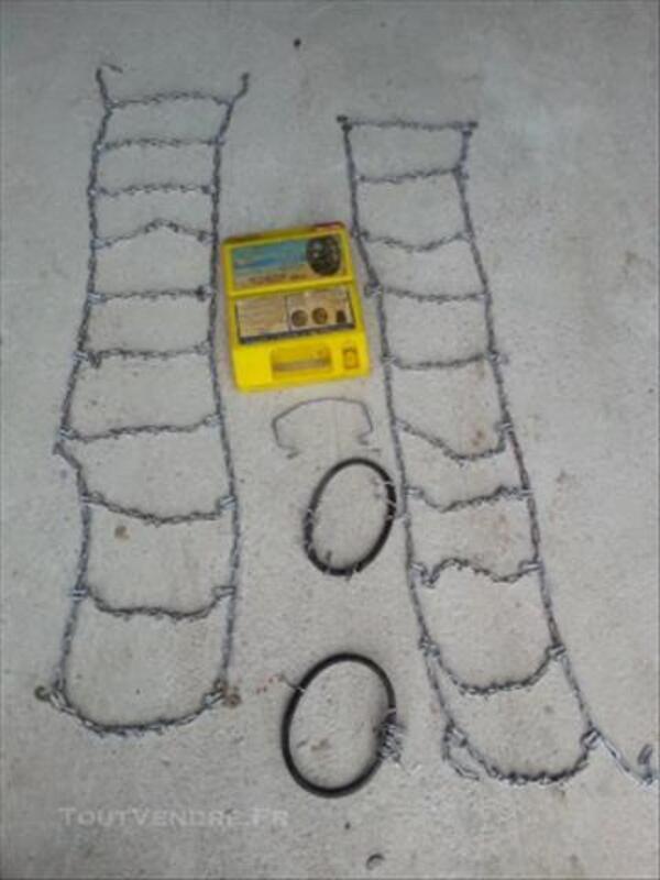 """Chaines à neige """"Space"""" de type échelle 82144039"""