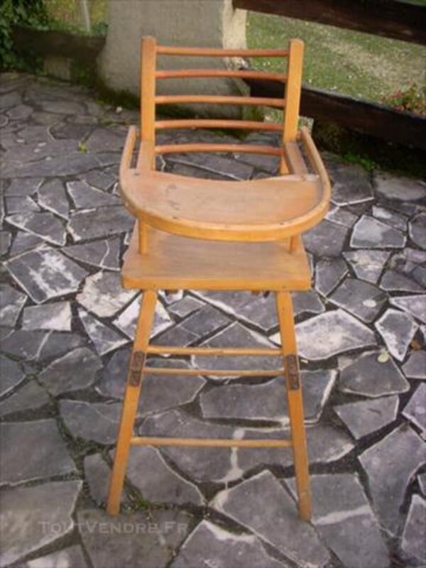 Chaise haute pour bébé en bois véritable d'occasion 76133597