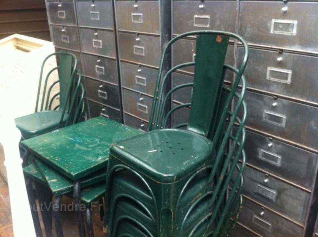 Chaise Tolix meuble a clapet industriel 60359889