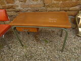 CHAISE VINTAGE 1970 ORANGE CHROME  + BUREAU ECOLE BOIS METAL