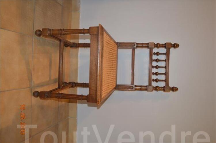 Chaises anciennes style Henry II 106844447