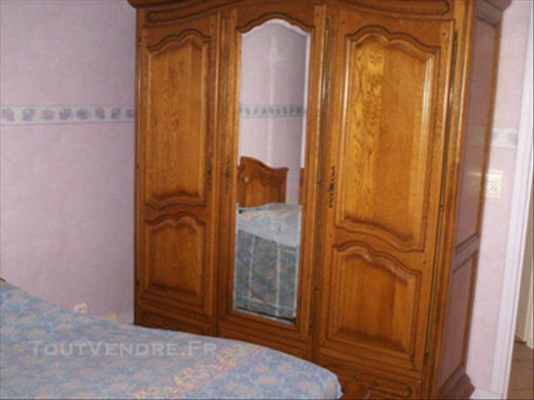 Chambre à coucher 84448670