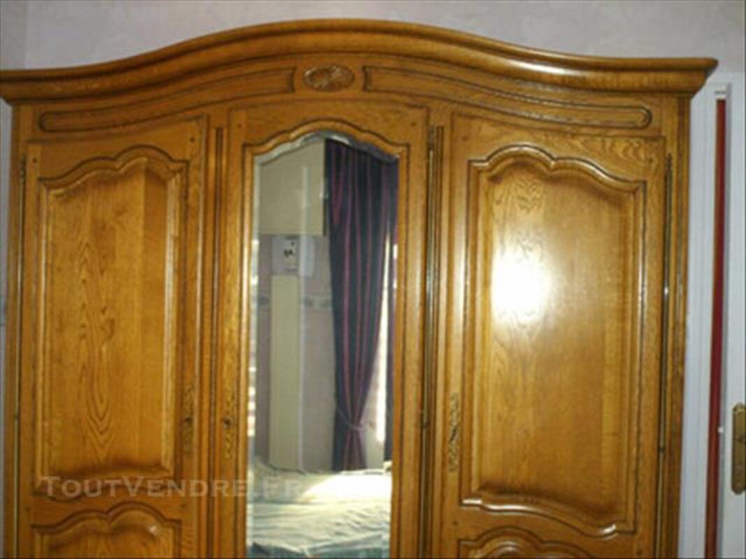 Chambre à coucher 84448671
