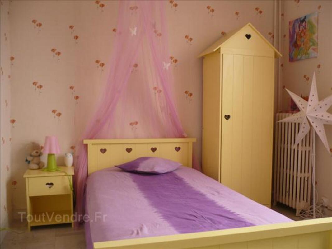 Chambre pour fille 71318679