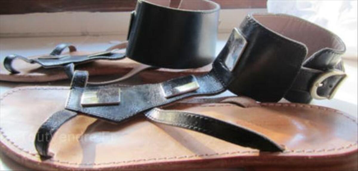 Chaussure sandales LES TROPEZIENNES 56512395