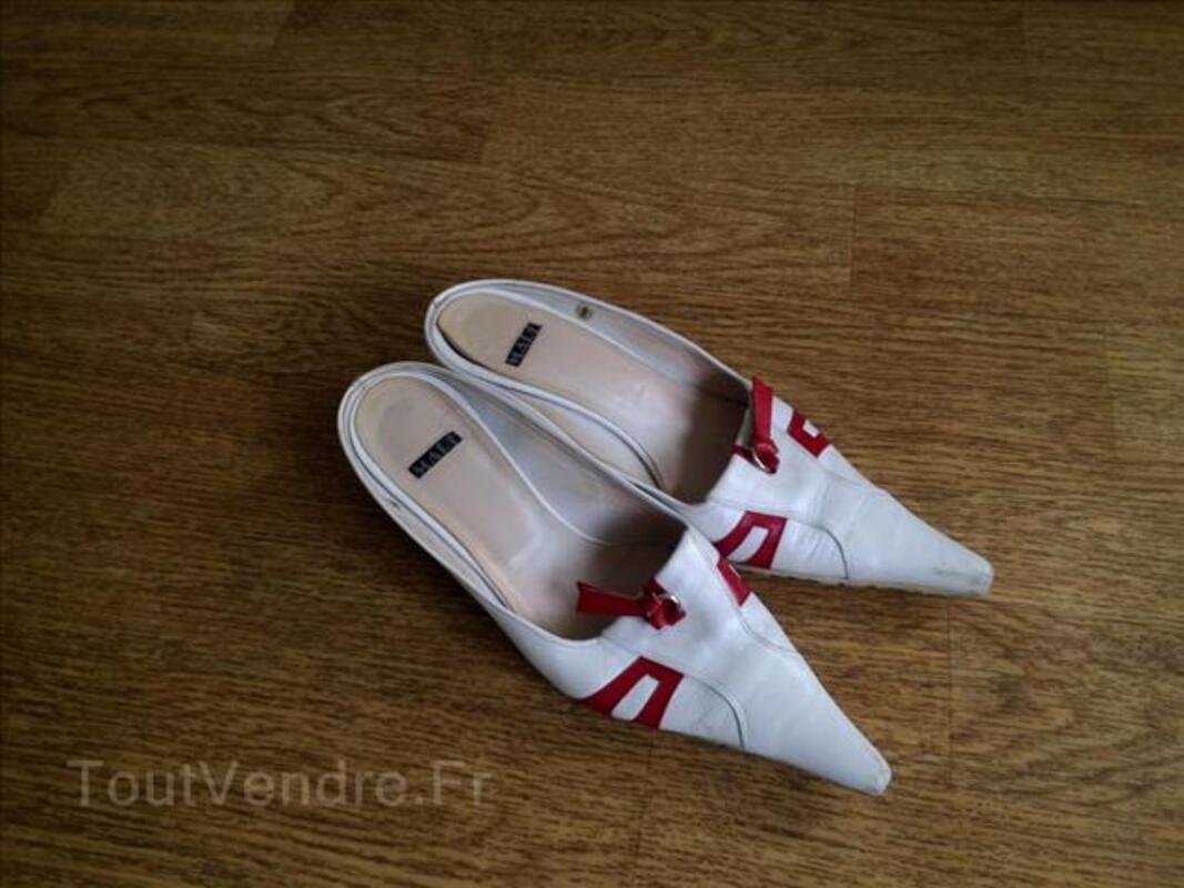 Chaussures cuirs, divers et VIDE MAISON 106944172