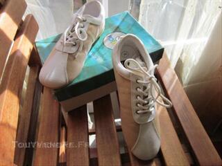 Chaussures NEW LANDER sport ville moderne T 39 Neuves