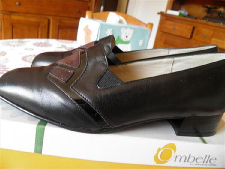 Chaussures OMBELLE NEUVES 39 71846922