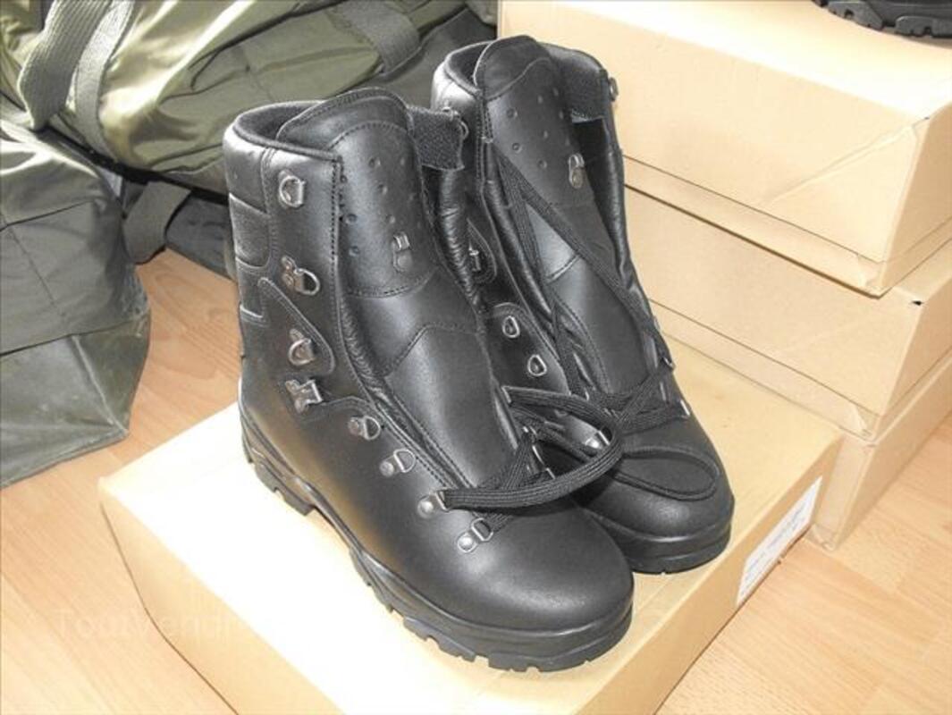 Chaussures Rangers militaire Félin Goretex 90345820