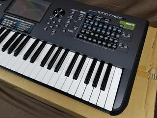 Clavier Yamaha Montage 6 synthétiseur presque neuf