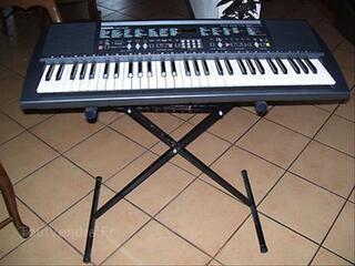 Clavier Yamaha Portatone Psr-200