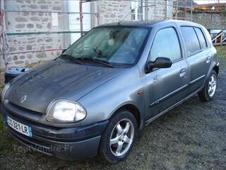 CLIO II 1,9D RTE année 2000
