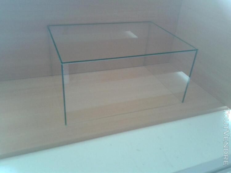 CLOCHE VITRINE DE PROTECTION 40x30x25 398028009