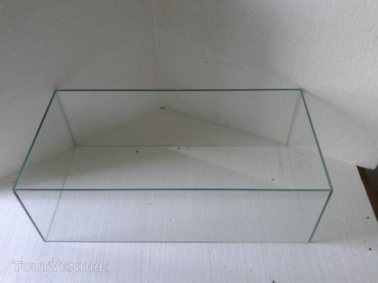 CLOCHE VITRINE DE PROTECTION 70x30x20 398025207