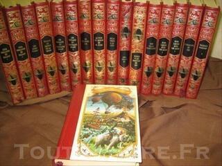 Collection reliée et illustrée de JULES VERNE