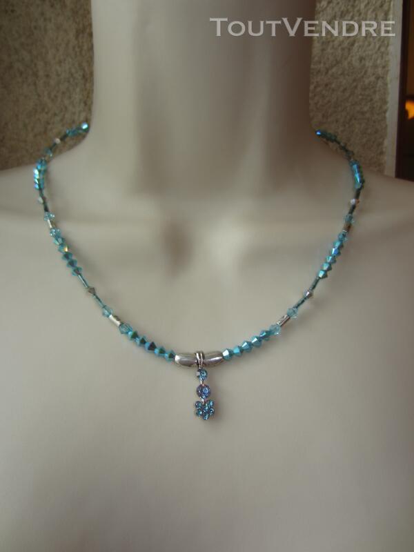 Collier Bleu 127177028