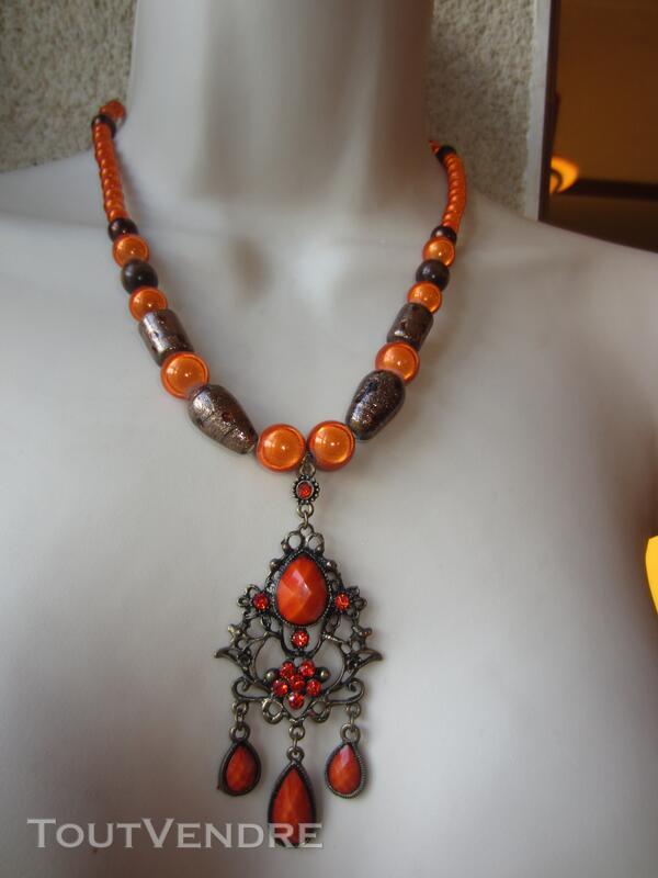 Collier Orange avec pendentif Orange et bronze 127177012