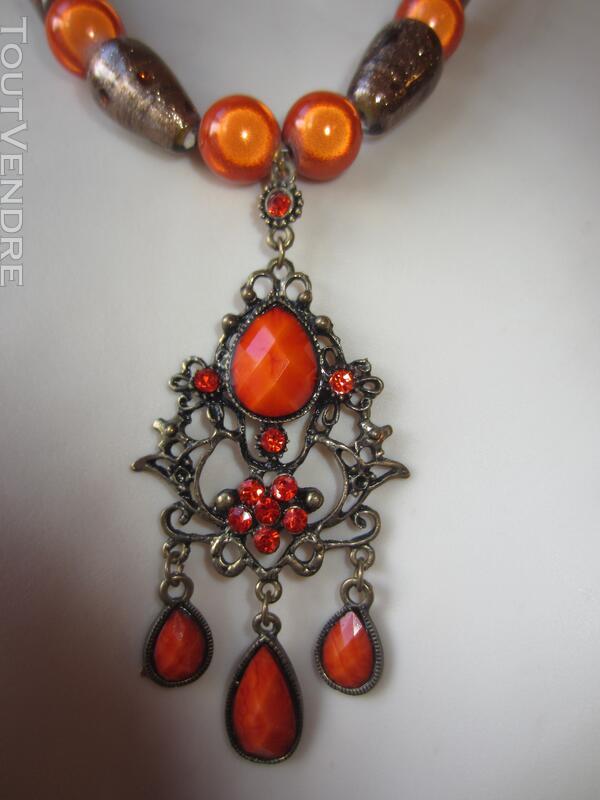 Collier Orange avec pendentif Orange et bronze 127177015