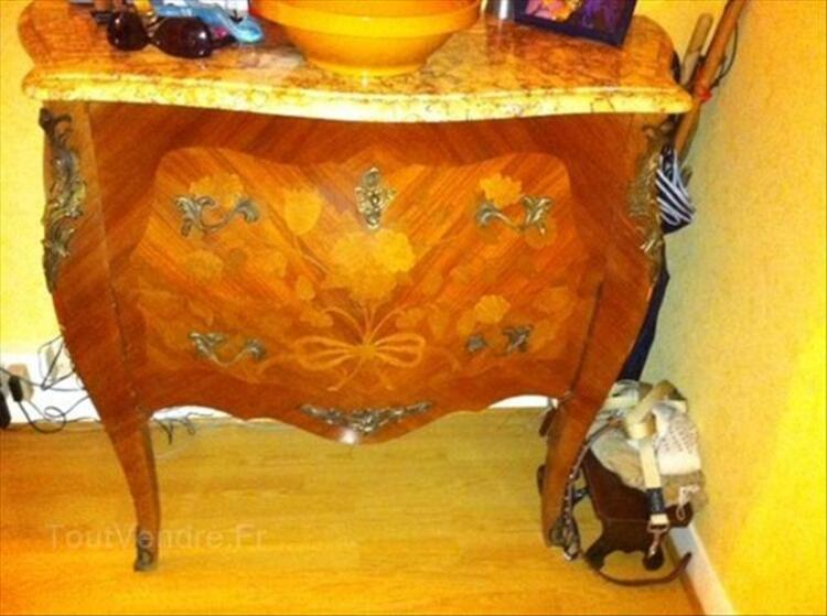 Commode style Louis XV 64429141
