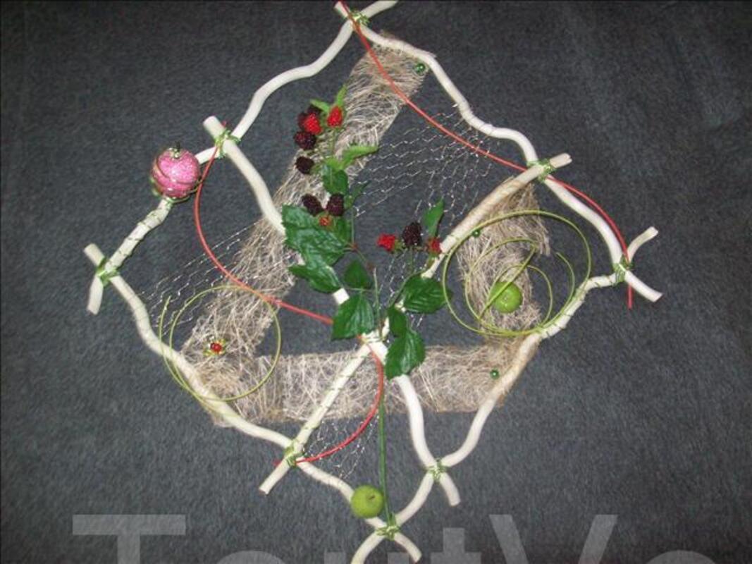 Composition florale murale 62831465