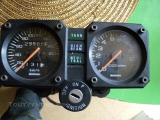 Compteur complet dr 800 sr 42/43 30000 km