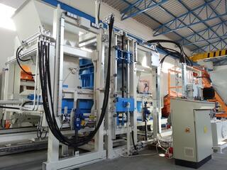 Concrete block machine SUMAB R 400
