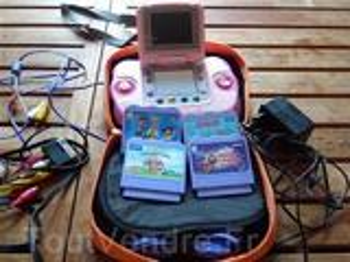 Console Vsmile Cyber Pocket COM 9 + sacoche + 4 jeux