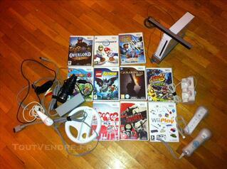 Console wii + 10 jeux + 2 manettes + accesoires