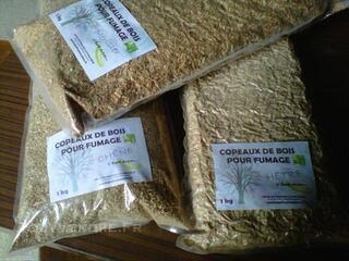 Copeaux de bois pour le fumage des aliments