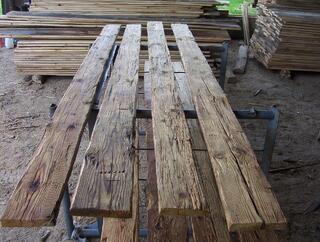 Costes vieux bois