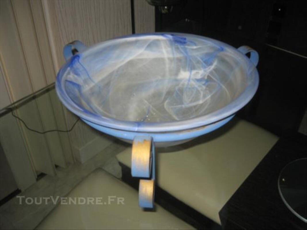 Coupe en verre soufflé bleu 84853847