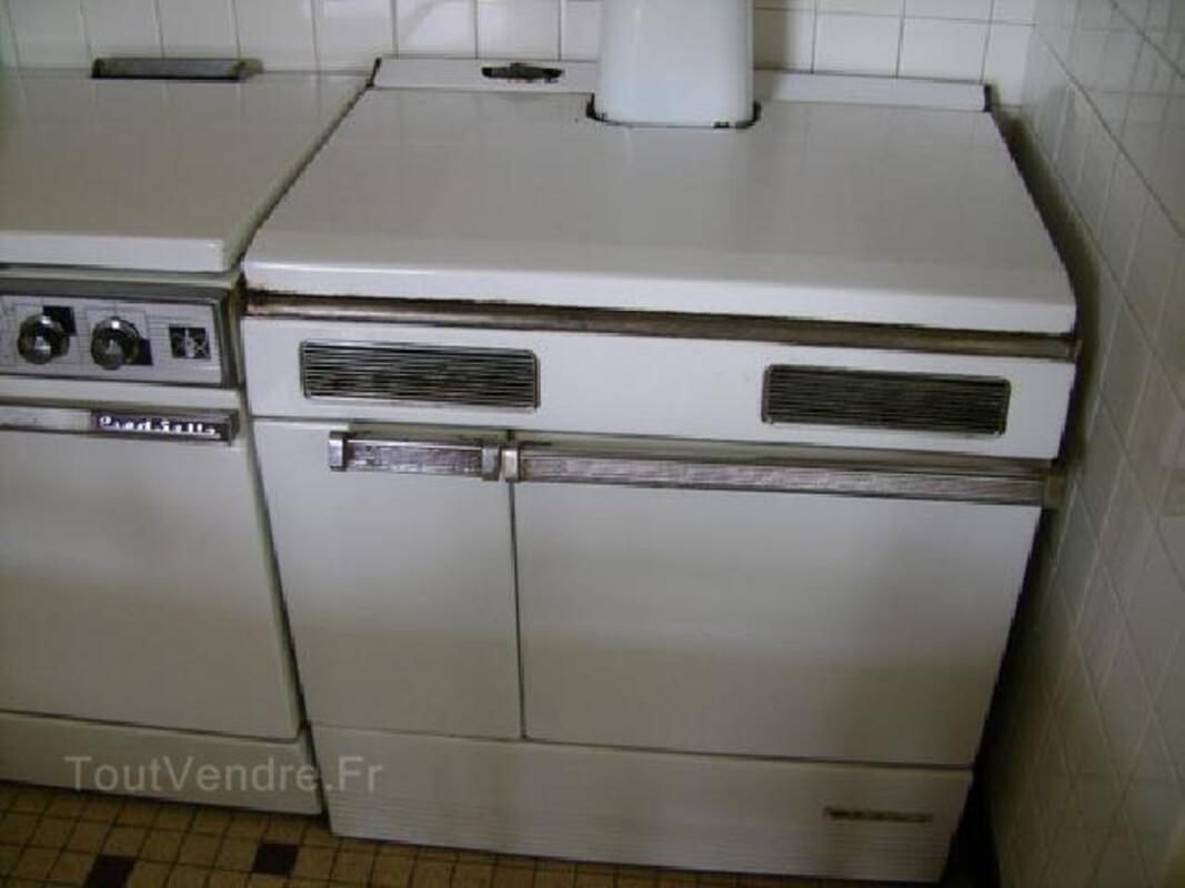 Cuisinière en fonte pour bois et charbon 105414475
