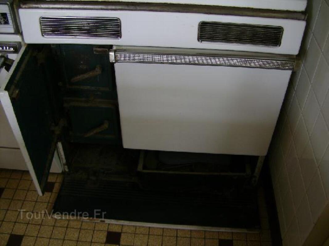 Cuisinière en fonte pour bois et charbon 92921230