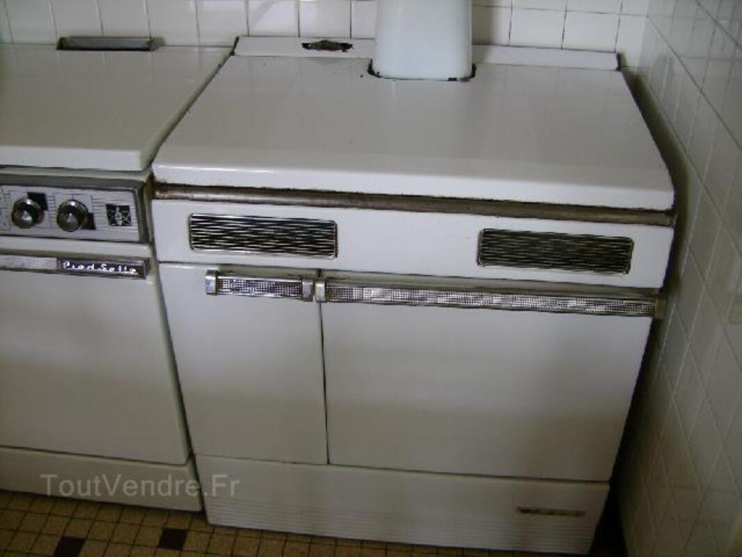 Cuisinière en fonte pour bois et charbon 92921231