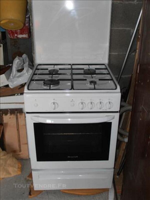 Cuisinière gaz Brandt 4 feux+four 74010958