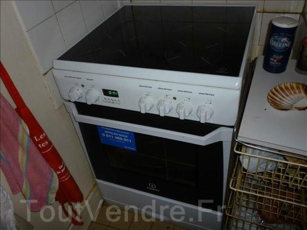 Cuisinière vitrocéralique INDESIT KN6C66A 101340458