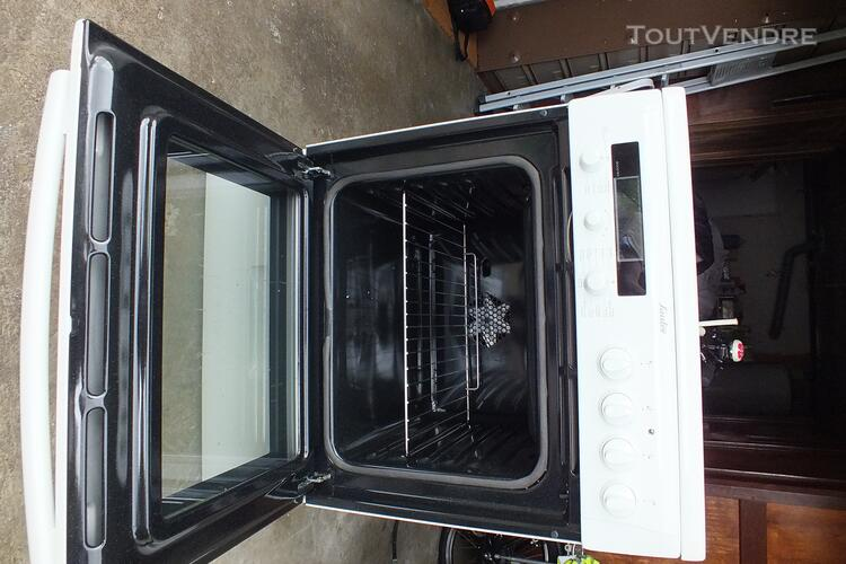 Cuisinière vitrocéramique Sauter NEUVE 127518056